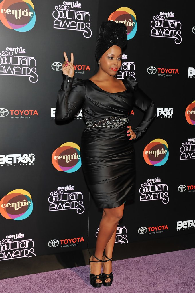 Chrisette+Michele+2010+Soul+Train+Awards+Arrivals+14CRvofcuacx