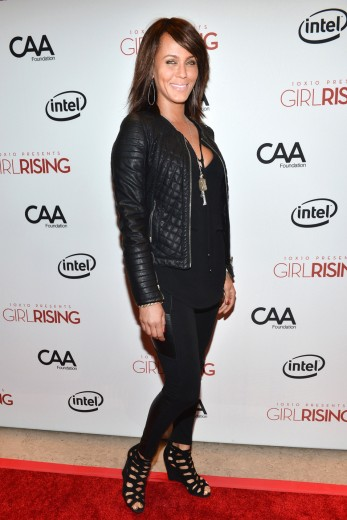 nicole-ari-parker-attends-a-special-screening-of-10x10s-girl-rising-hosted-by-intel-in-los-angeles-california_347x520_82