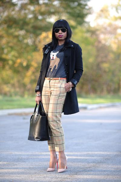 motif-jcrew-sweater-zara-bag-plaid-jcrew-pants-christian-louboutin-pumps_400