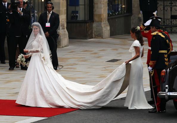 Royal+Wedding+Wedding+Guests+Party+Make+Their+YngzkQamqRWl