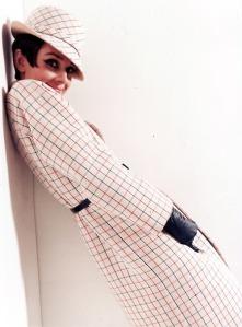 Audrey-Hepburn-1960s-fashion-33237442-500-677