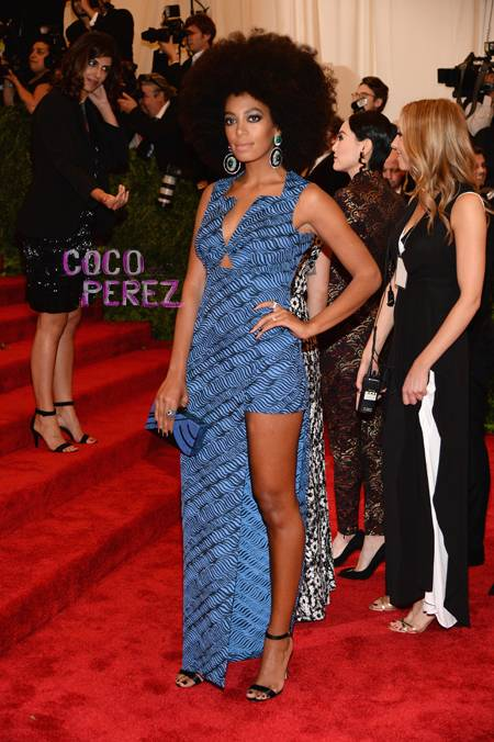 met-gala-2013-solangeknowles-redcarpet-getty__oPt
