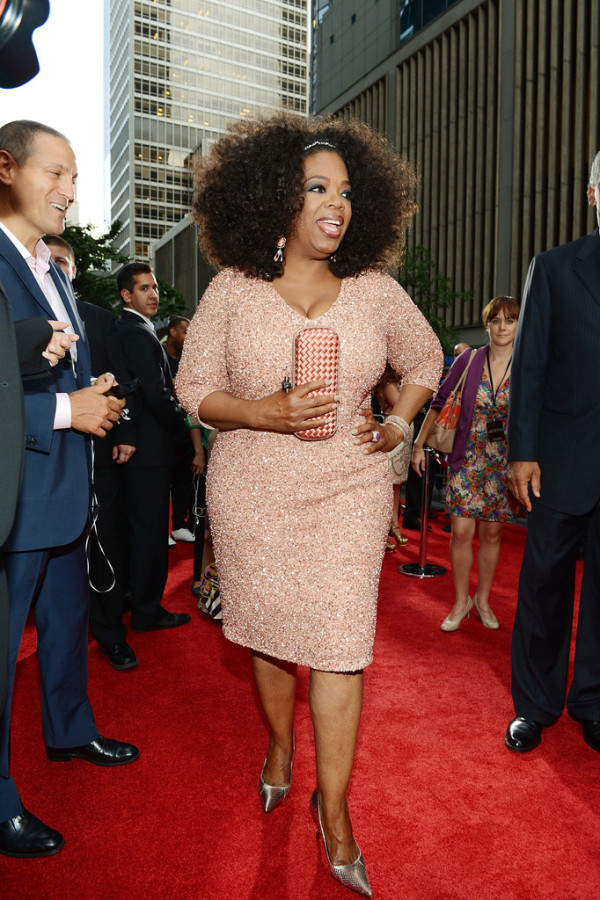 Oprah-Winfrey-Wearing-THEIA-The-Butler-New-York-Premiere-dress-shoes-600x900