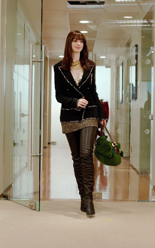 The-Devil-Wears-Prada-Andy-Sachs-Anne-Hathaway-6