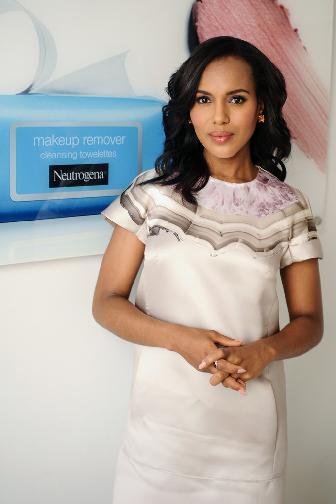 When-Neutrogena-announced-hired-Washington-its-new-brand-ambassador-she-celebrated-simple-cream-dress-painterly-accents