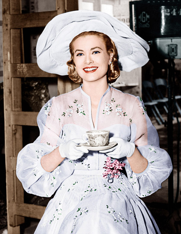 HIGH SOCIETY, Grace Kelly, on set, 1956