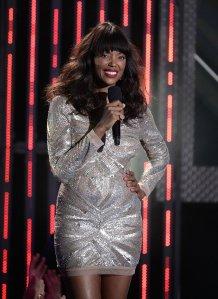 Talk-Aisha-Tyler-hosted-2013-Young-Hollywood-Awards