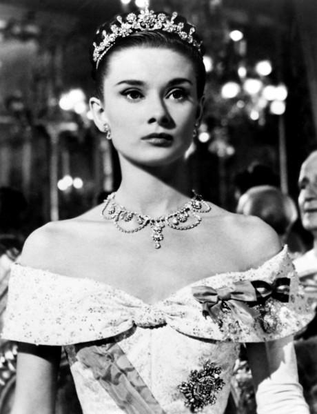 Annex-Hepburn-Audrey-Roman-Holiday_01-460x600