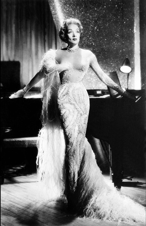 Sleeves-Marlene-Dietrich
